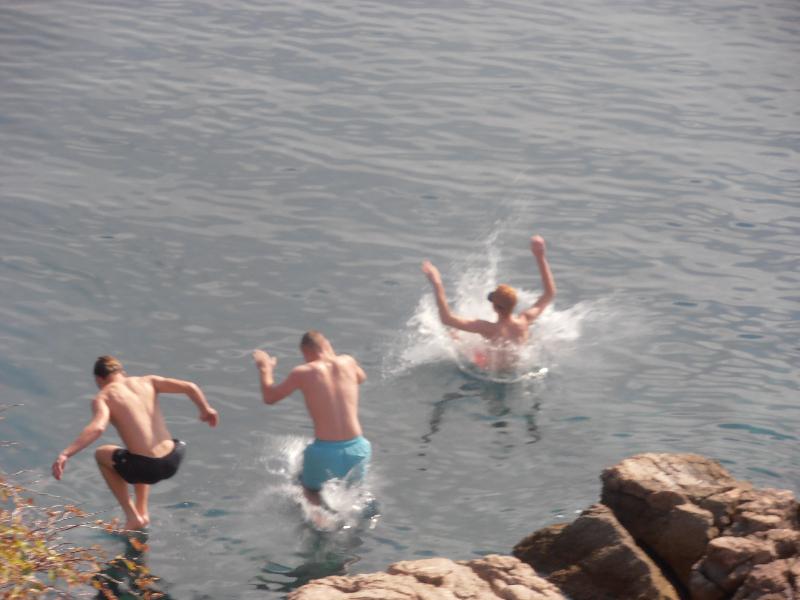 Karlobag - skokovi i kupanje